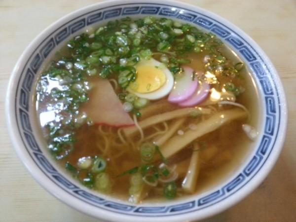 吉田食堂 中華そば(500円)